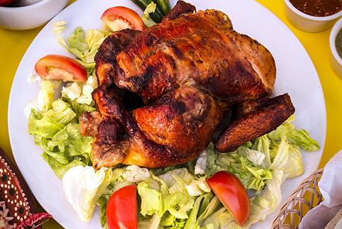 Pollo arrosto (2,45 € a porzione – 4,90 l'uno)